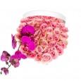 Букет №31 из светло-розовых роз и пурпурной орхидеи (50 роз)